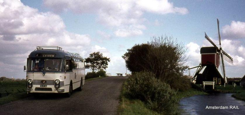1959 Verheul bodied Leyland Worldmaster Maarse en Kroon Centraal Nederland semi tour bus Nr 182