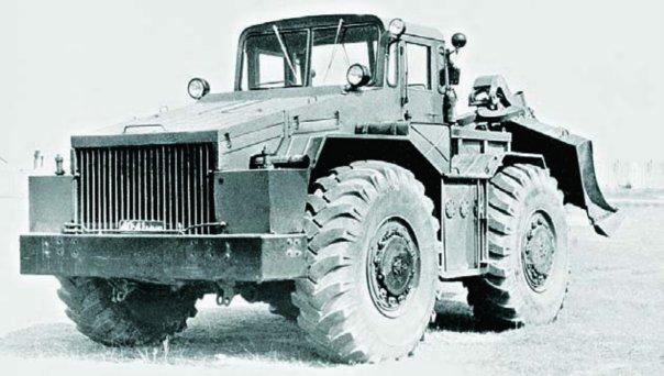 1960 MAZ-538 (IKT-S) tractor, 4x4