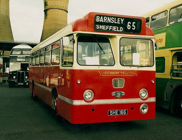 1961 Leyland Tiger Cub PSUC1-1 with MCW body