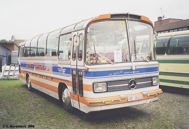 1966 Mercedes-O302-Steib-Reisebus-Reiners-weiss-bl-or