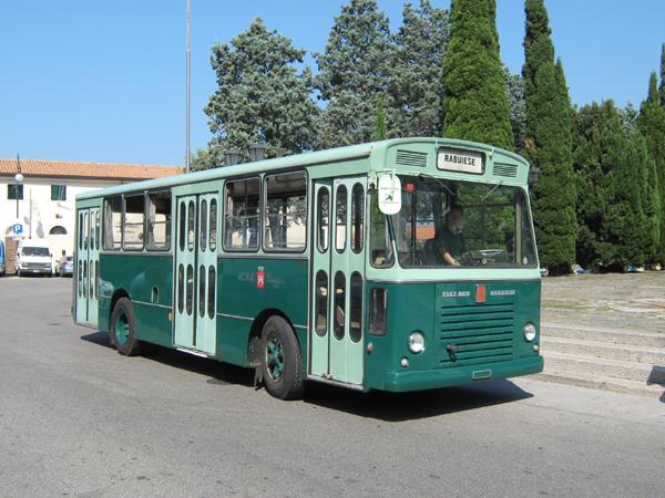 1967 Fiat 409 Menarini 607