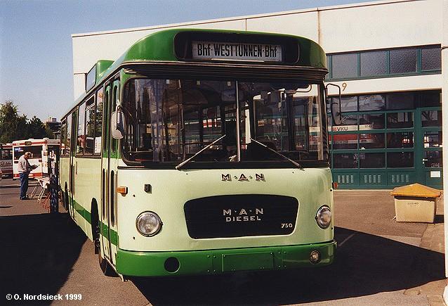 1967 MAN 750 HO Metrobus
