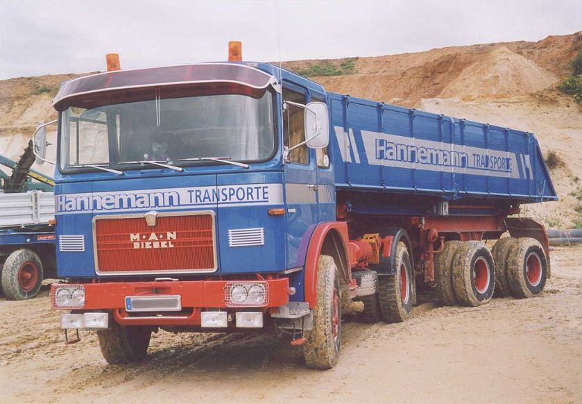 1967–72 MAN 16-230FS Kippsattelzug