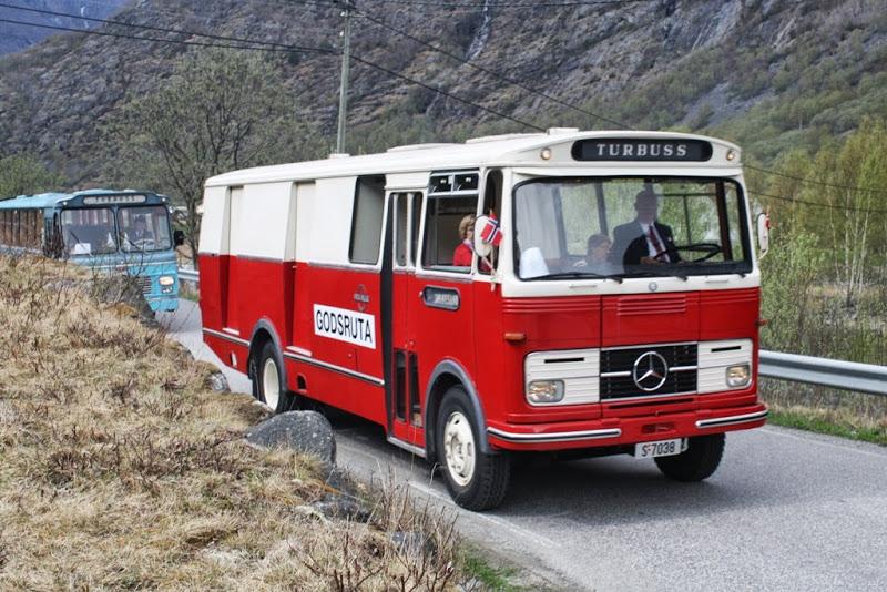 1968 T-7038 Mercedes-Benz, kombinertbuss, 1968-modell. - kopie