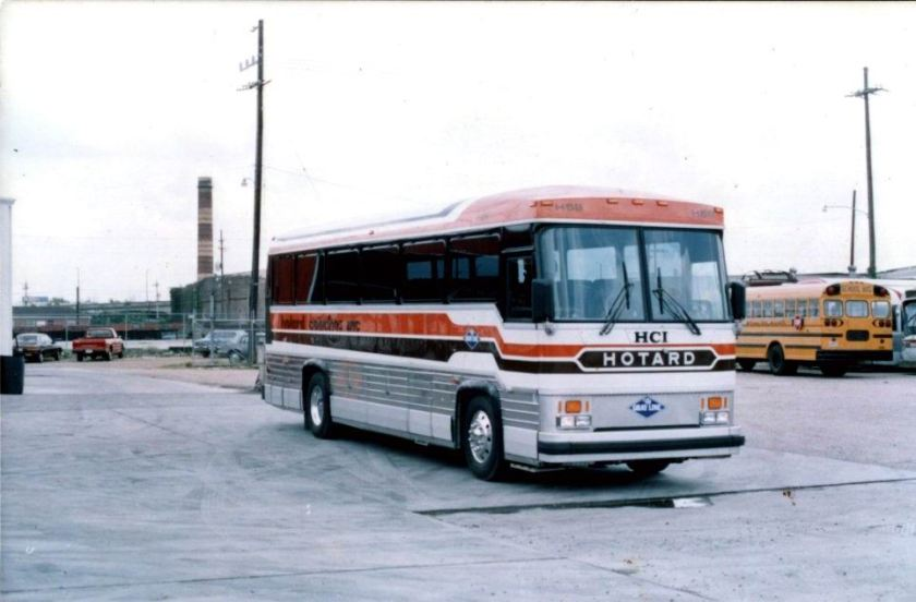 1976 MCI 8 HCI Hotard Coaches Southern Trailways lines