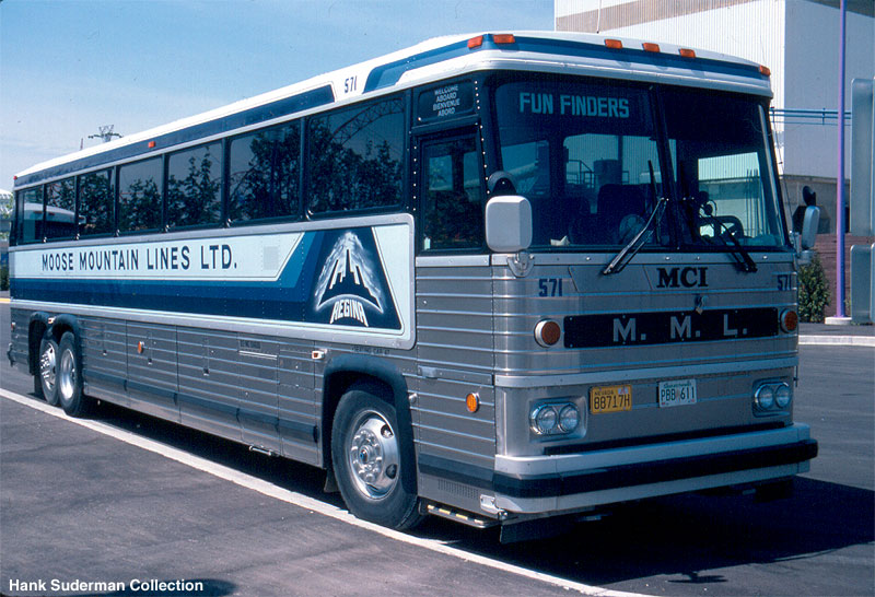 1982 MCI 9 Moose Mountain bus