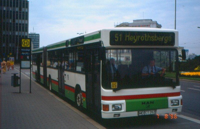 1990-92 Magdeburg-MAN-NG272-Bus3202