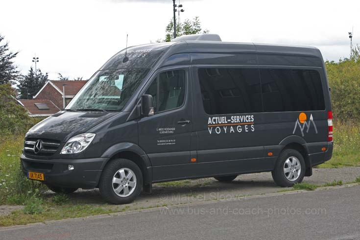 2008 Mercedes Benz Sprinter mini bus