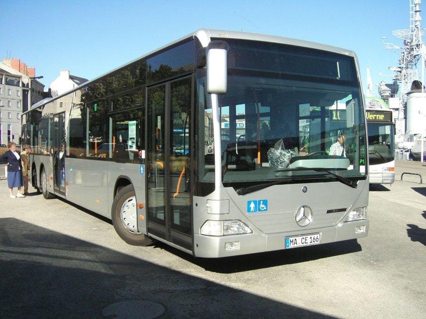2012 MERCEDES Benz EVO CITARO