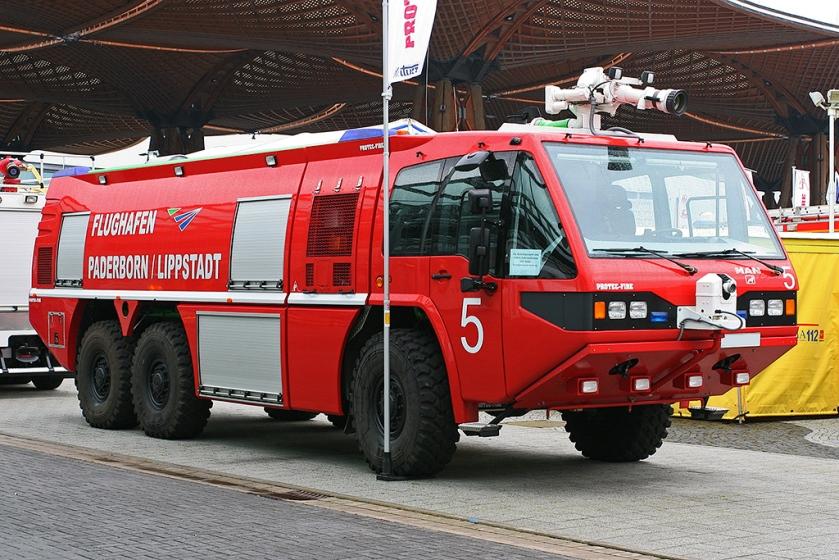 2013 Flugfeldlöschfahrzeug auf MAN 29.633 6x6