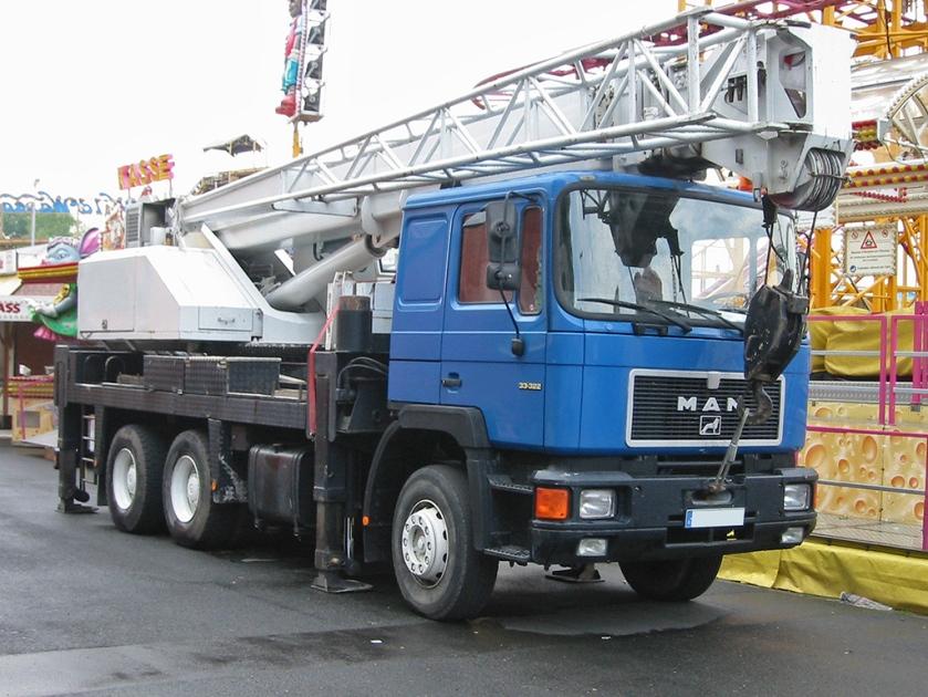 32 MAN F 90 (Typ 33.332)