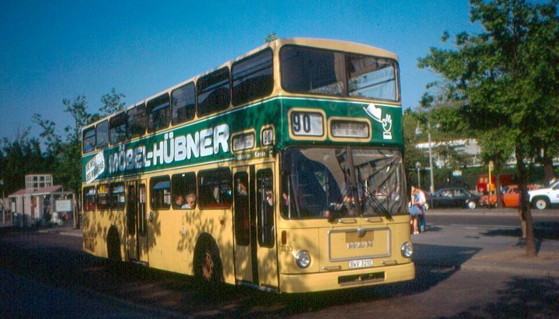 82 Berliner MAN SD 200, der heute noch in vielen Städten für Stadtrundfahrten genutzt wird