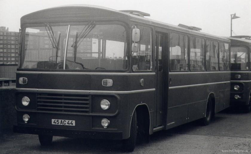 bedford-sb3-marshall-body-coach-45-ac-44