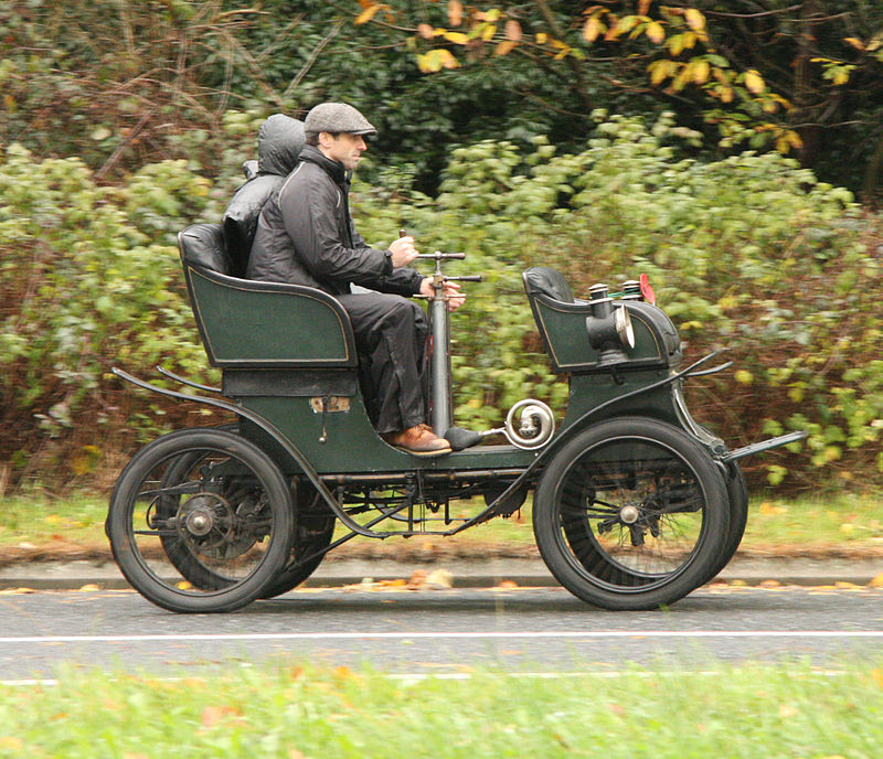 Brian_Snelson's_photos_of_the_London_to_Brighton_Veteran_Car_Run_2009_-_024