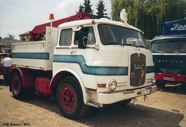 M.A.N. 10.212 Schausteller-Zugmaschine (Pausbacke)