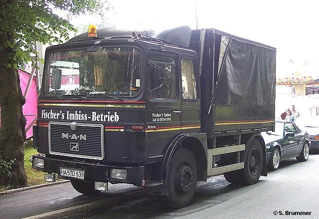 M.A.N. 16.240 Schausteller-Zugmaschine