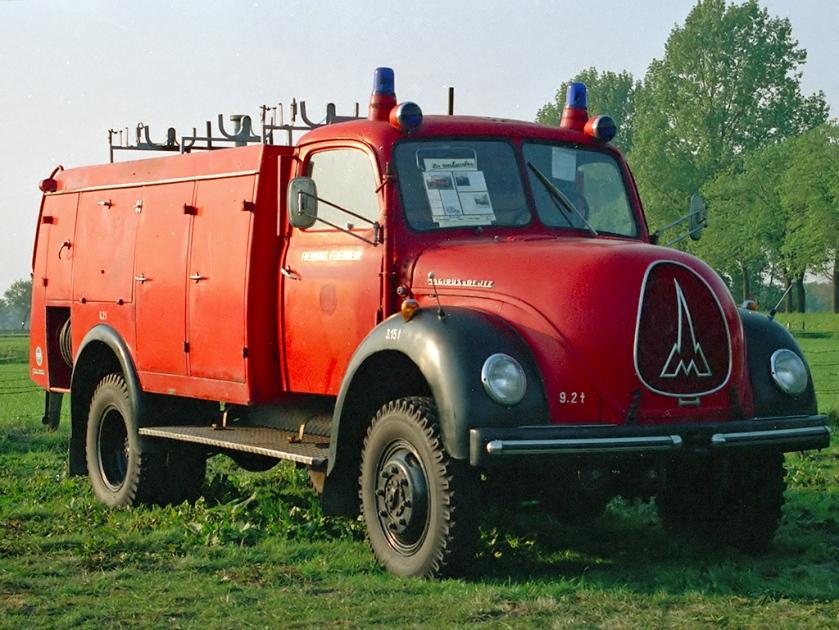 Magirus-Deutz brandweertruck met luchtgekoelde Deutz diesel
