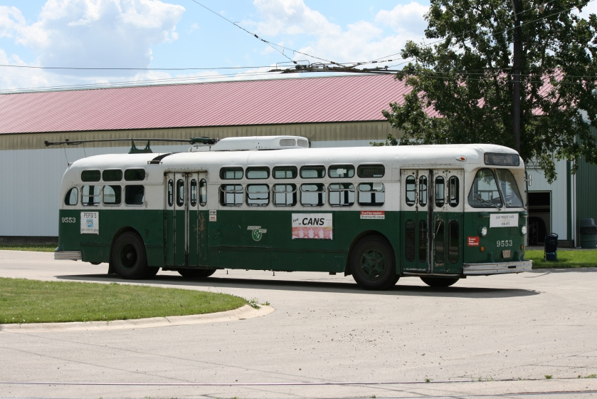 Marmon-Herrington trolley coach 9553