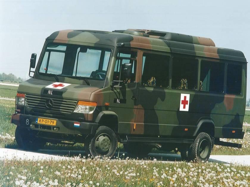 Mercedes Benz artenbus