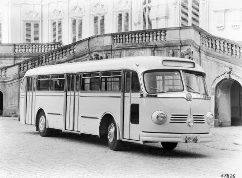 Mercedes-Benz Bus History PA
