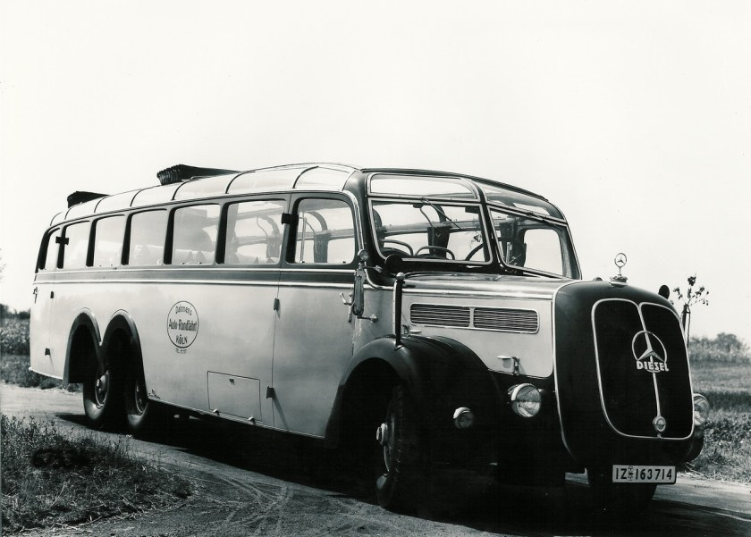 Mercedes-Benz Bus History - PART I (11)