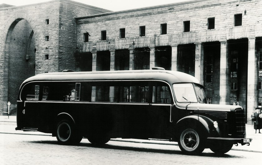 Mercedes-Benz Bus History - PART I (17)