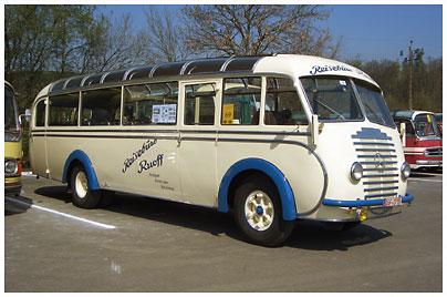 mercedes-benz-busse-oldtimer-02b-100020