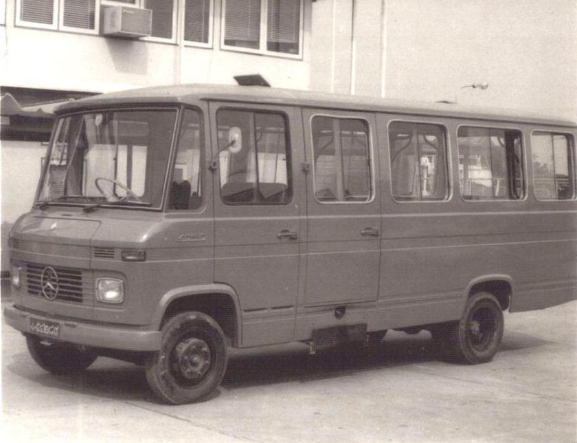 MERCEDES Benz L 406D