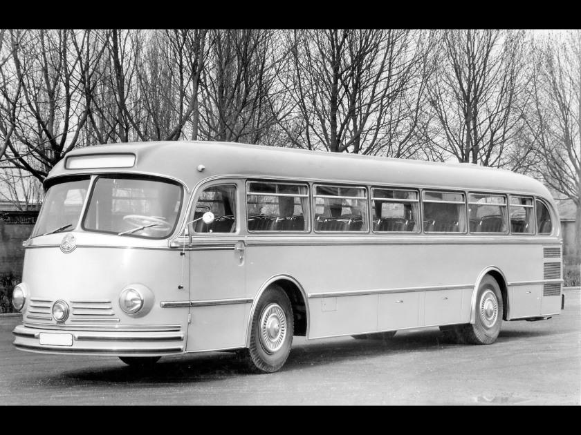 mercedes-benz-o-321-h-01