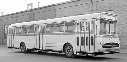 Mercedes-Benz Type O 317 Bus