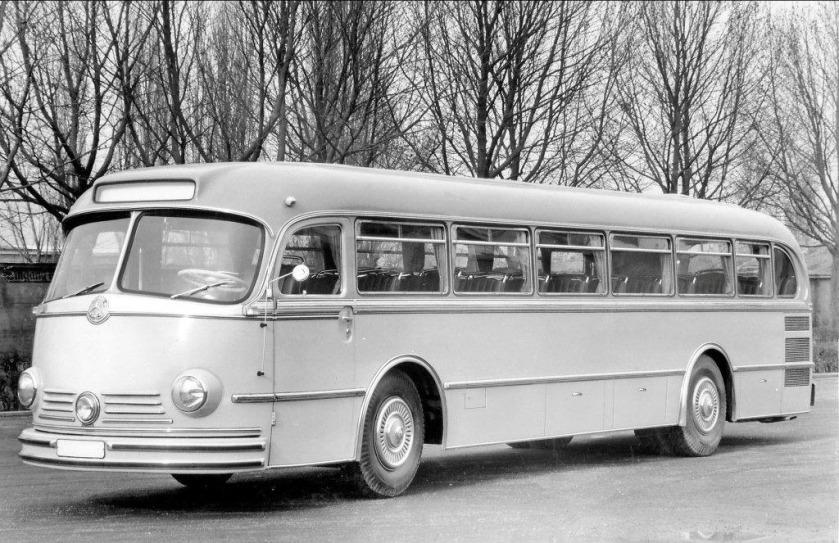 Mercedes-Benz Type O 6600 H Omnibus