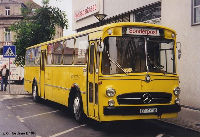 Mercedes-O317-Postbus-gelb