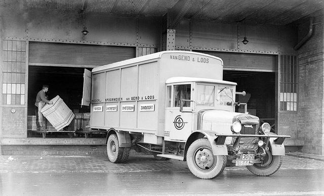 Minerva truck v Gend en Loos L-16442