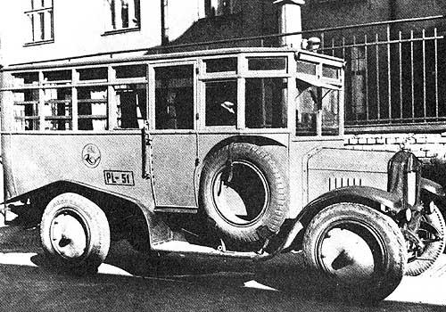 Postautobus 12