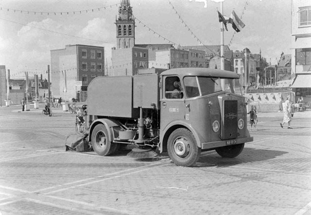 Van Twist Veegwagen NB-10-24 Nijmegen 1953