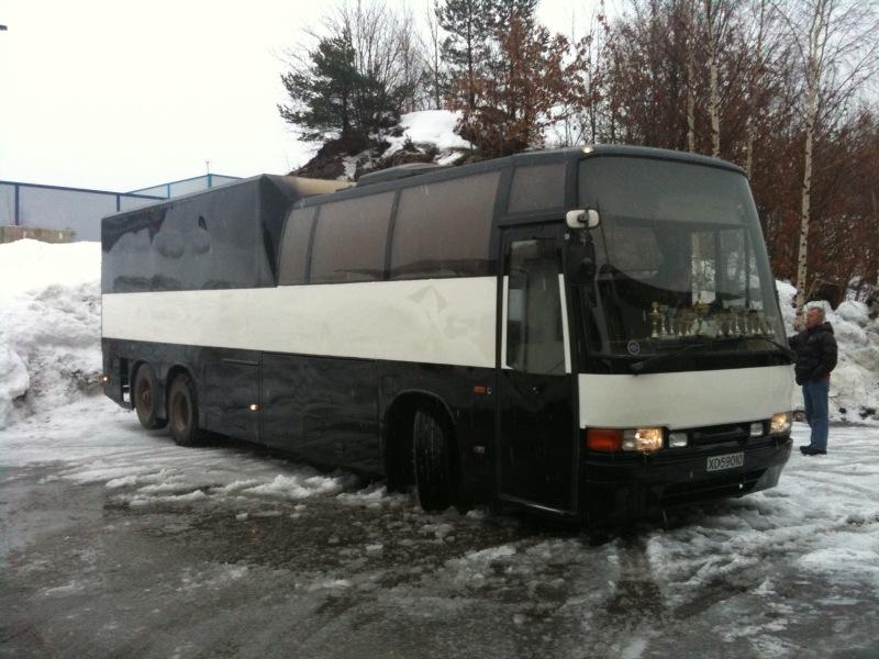 Volvo B10M. Bygget av Carrus og har et Delta plan 501 påbygg
