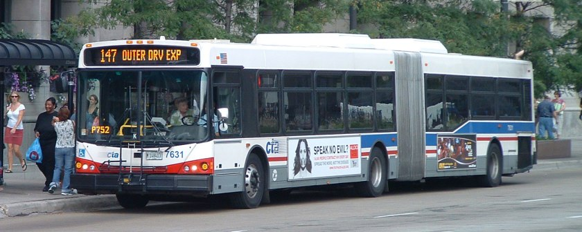05 CTA-articulated-bus