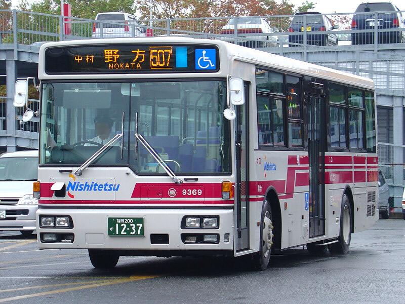 07 Nishitetsu Bus 9369-01