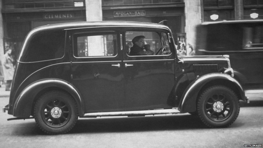 1 1948 the Austin FX3 introduced the familiar London taxi