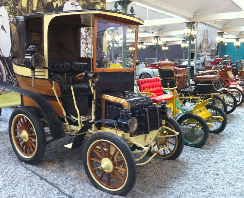 11 1898 Panhard-Levassor Landaulet type AL