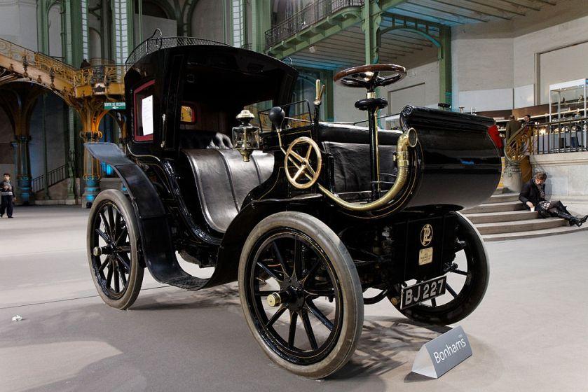 14 1901 Panhard et Levassor 2,4 litres Phaéton à conduite avancée Carosserie Kellner