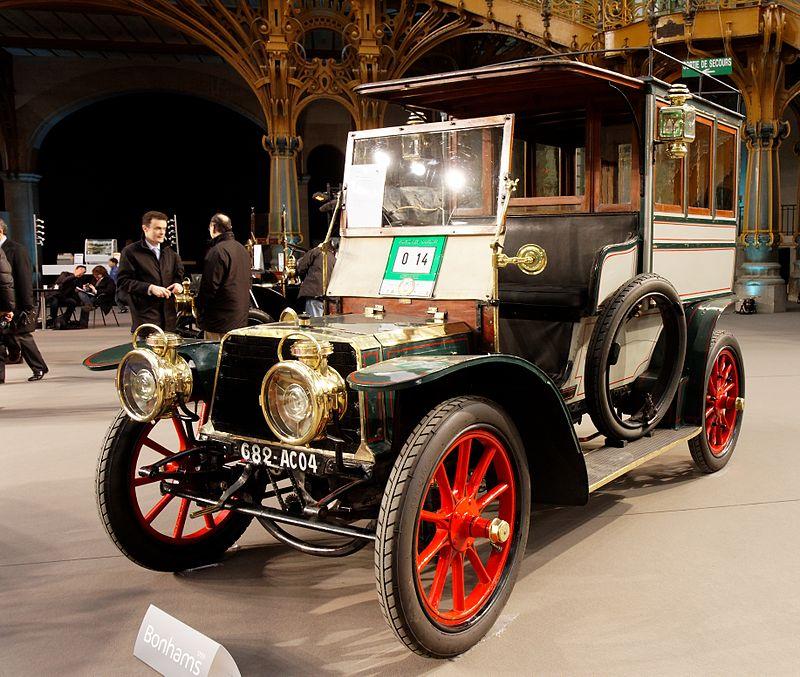16 1903 Panhard et Levassor Char-à-banc