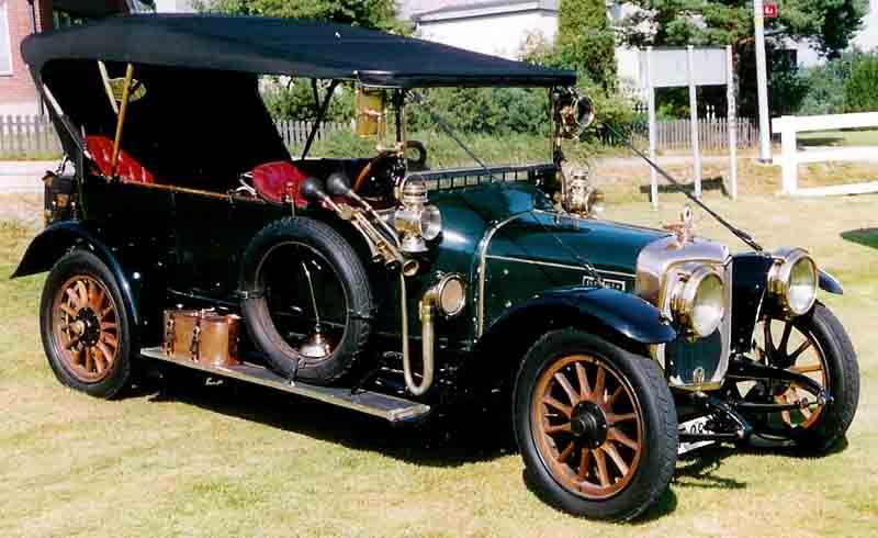 17 1914 Panhard-Levassor
