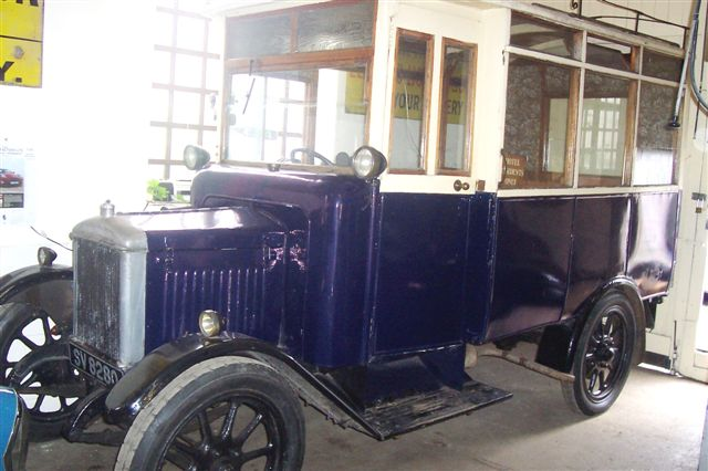 1929 Morris-Commercial  model 9-seater hotel bus