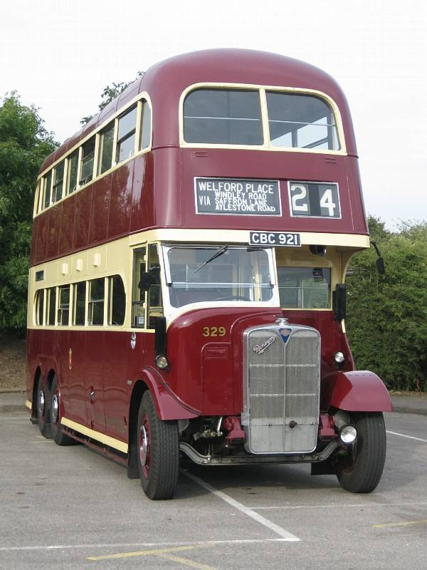 1939 AEC Renown with Northern Counties H32-32R body