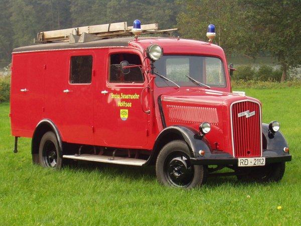 1940 Opel Blitz Schwungjuhle