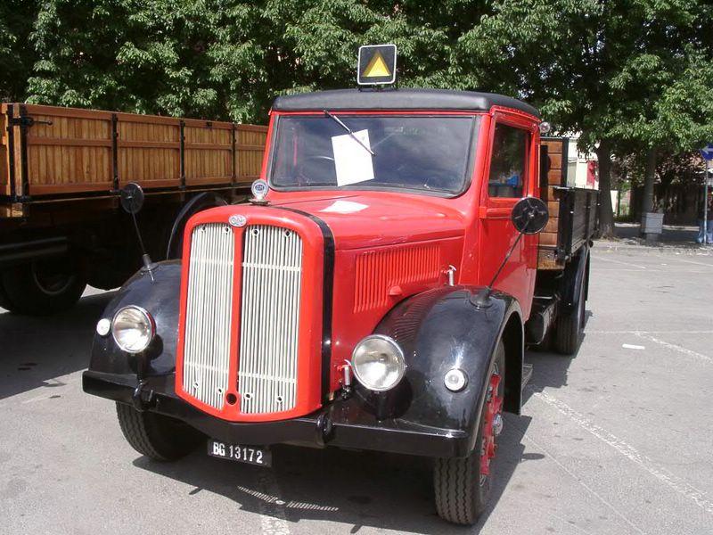 1945 OM Taurus, 4500cm3, 70 à 80cv suivant l'année