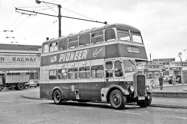 1946 Park Royal H30-26R bodied Bristol K6A