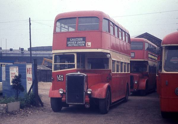 1947 Leyland Titan PD2-1 with Northern Counties L27-26R bodywork.