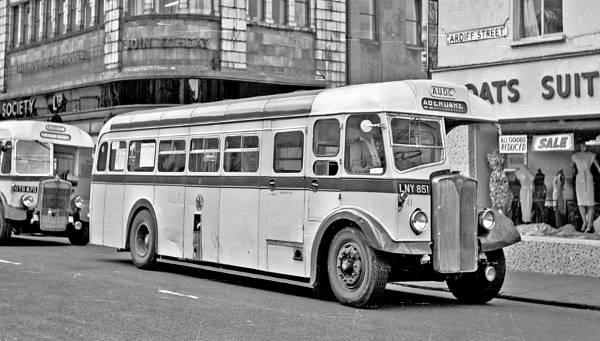 1950 AEC Regal III single decker 41, LNY851, with a NCME body
